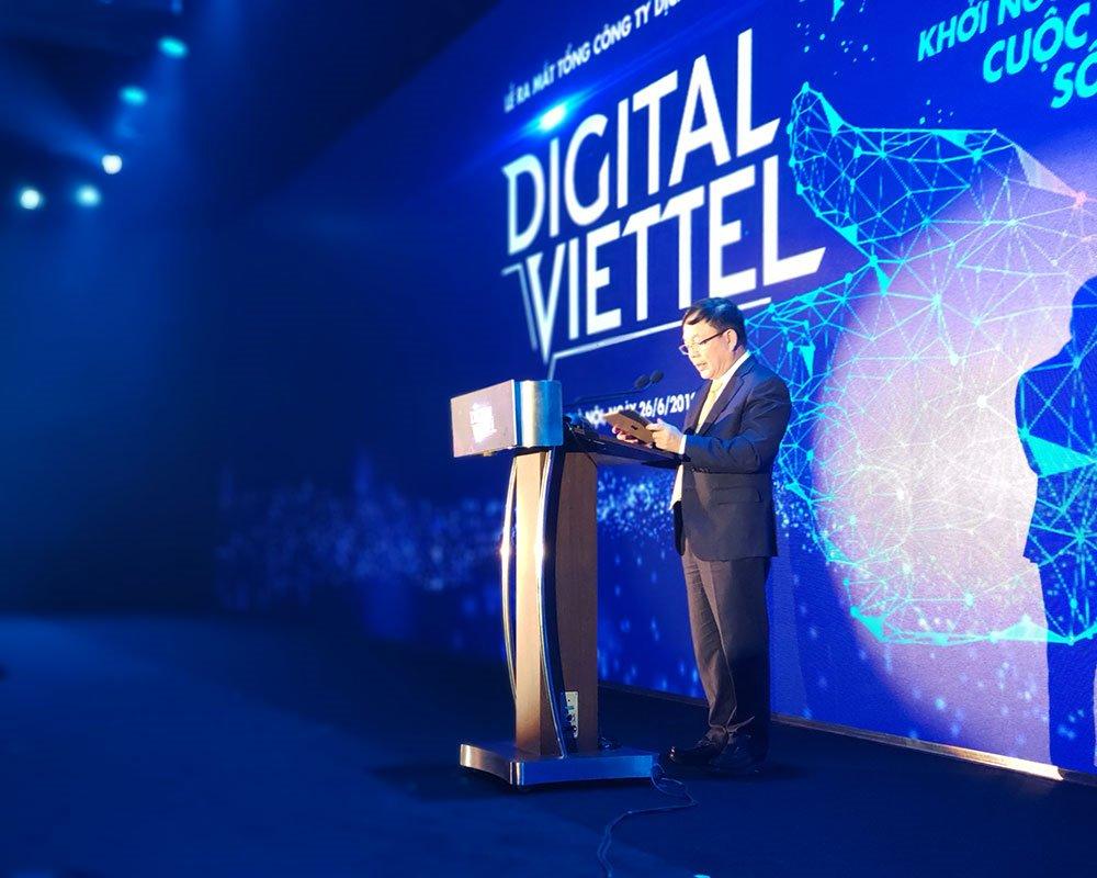 """Chủ tịch Viettel: """"Thành lập Tổng Công ty Dịch vụ số là bước Viettel chuyển mình trở thành nhà cung cấp dịch vụ số"""""""