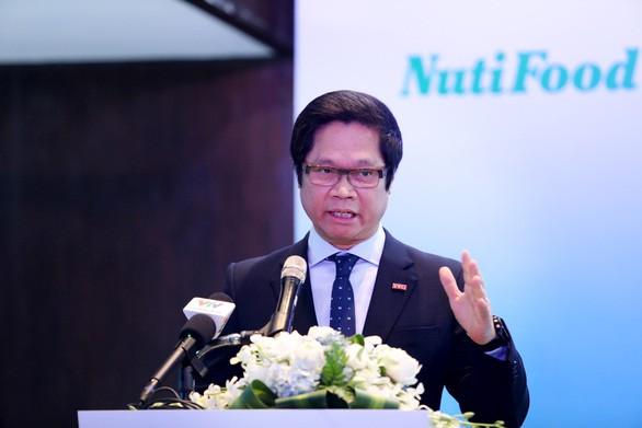 TS Vũ Tiến Lộc - chủ tịch Phòng Thương mại và công nghiệp Việt Nam (VCCI) đánh giá cao sáng kiến thành lập PRO Vietnam và kêu gọi các doanh nghiệp ở các địa phương cùng tham gia vào liên minh này - Ảnh: NGỌC HIỂN